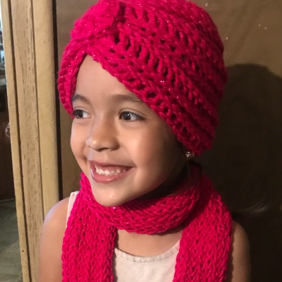 Accessories - Matching crochet turban and scarf set.